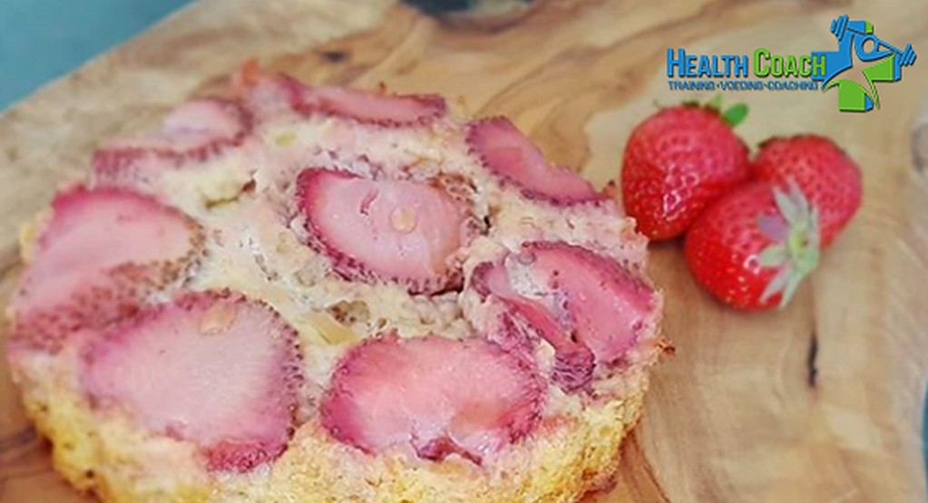 Recept van de maand: Aardbeien-havermout taartje